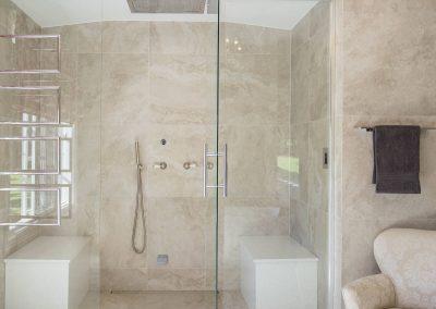 Tallebudgera-shower